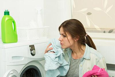 Come contrastare i cattivi odori provenienti dalla lavatrice?